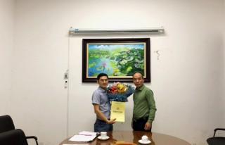 Trao quyết định bổ nhiệm Phó giám đốc Trung tâm Tư vấn thiết kế 2 – Viện NCTK Trường học