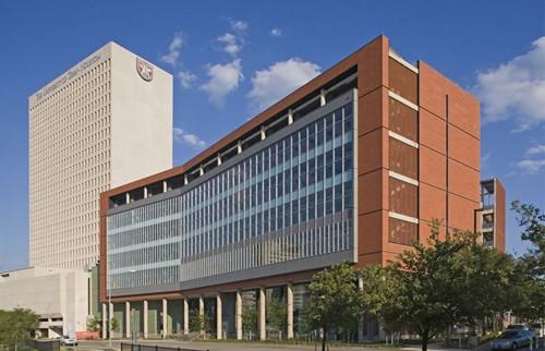 Kiến trúc nhà cao tầng trong các trường đại học