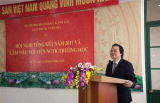 Bộ trưởng Phùng Xuân Nhạ dự Hội nghị tổng kết năm 2017 và làm việc với Viện Nghiên cứu Thiết kế Trường học